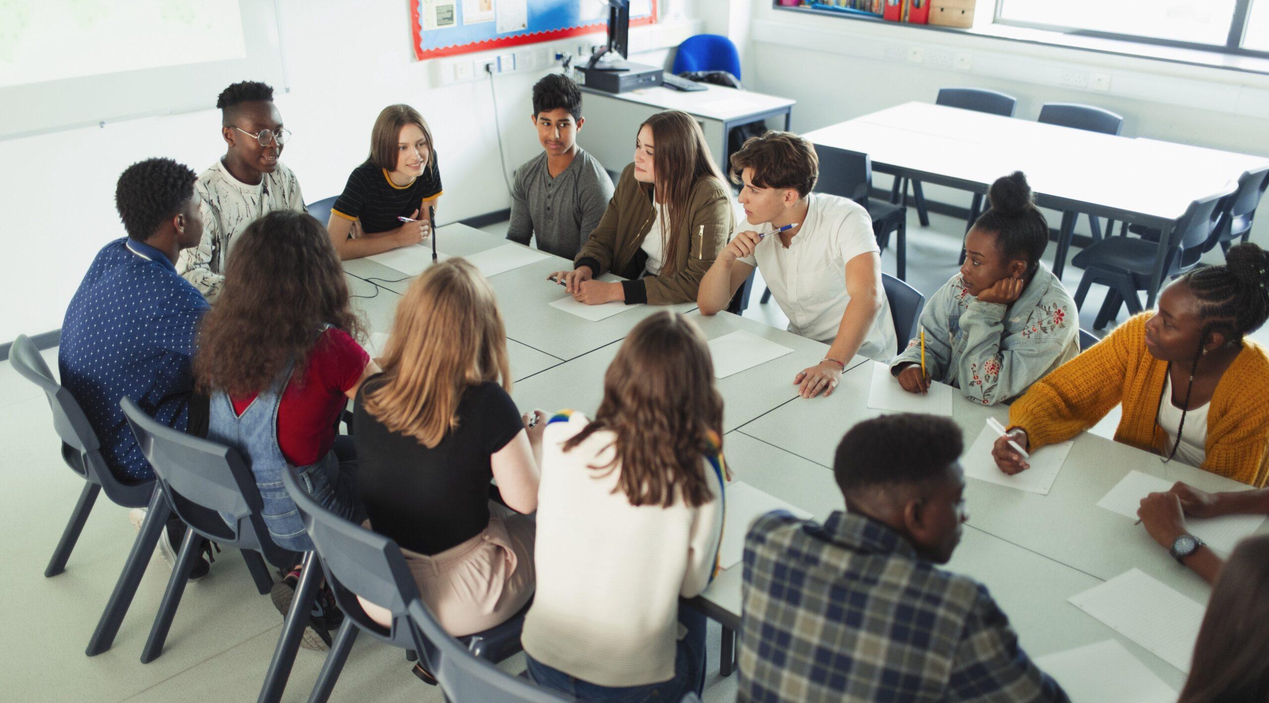 Система В. А. Сухомлинского в контексте традиции либертарной педагогики